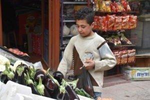 So lange es in vielen Ländern extreme Armut gibt, wird es auch Kinderarbeit geben.