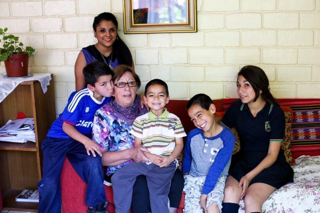 Graciela ist die dienstälteste SOS-Mama. Zurzeit kümmert sie sich um eine Familie im SOS-Kinderdorf Arica.