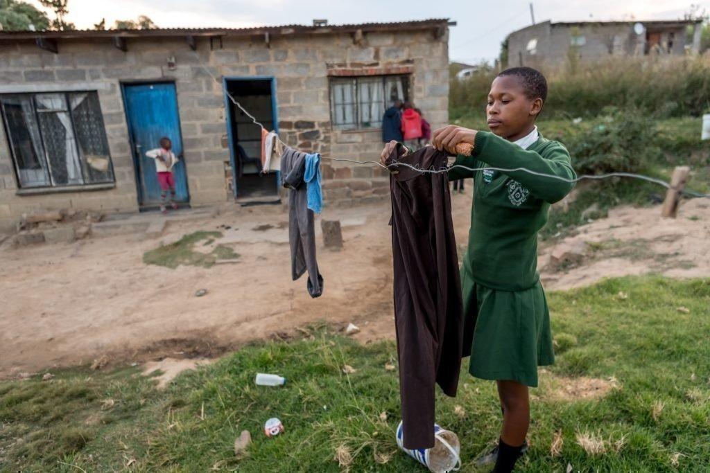 Die Frauen setzen sich unter anderem dafür ein, dass die Kinder des Quartiers regelmässig zur Schule gehen können.