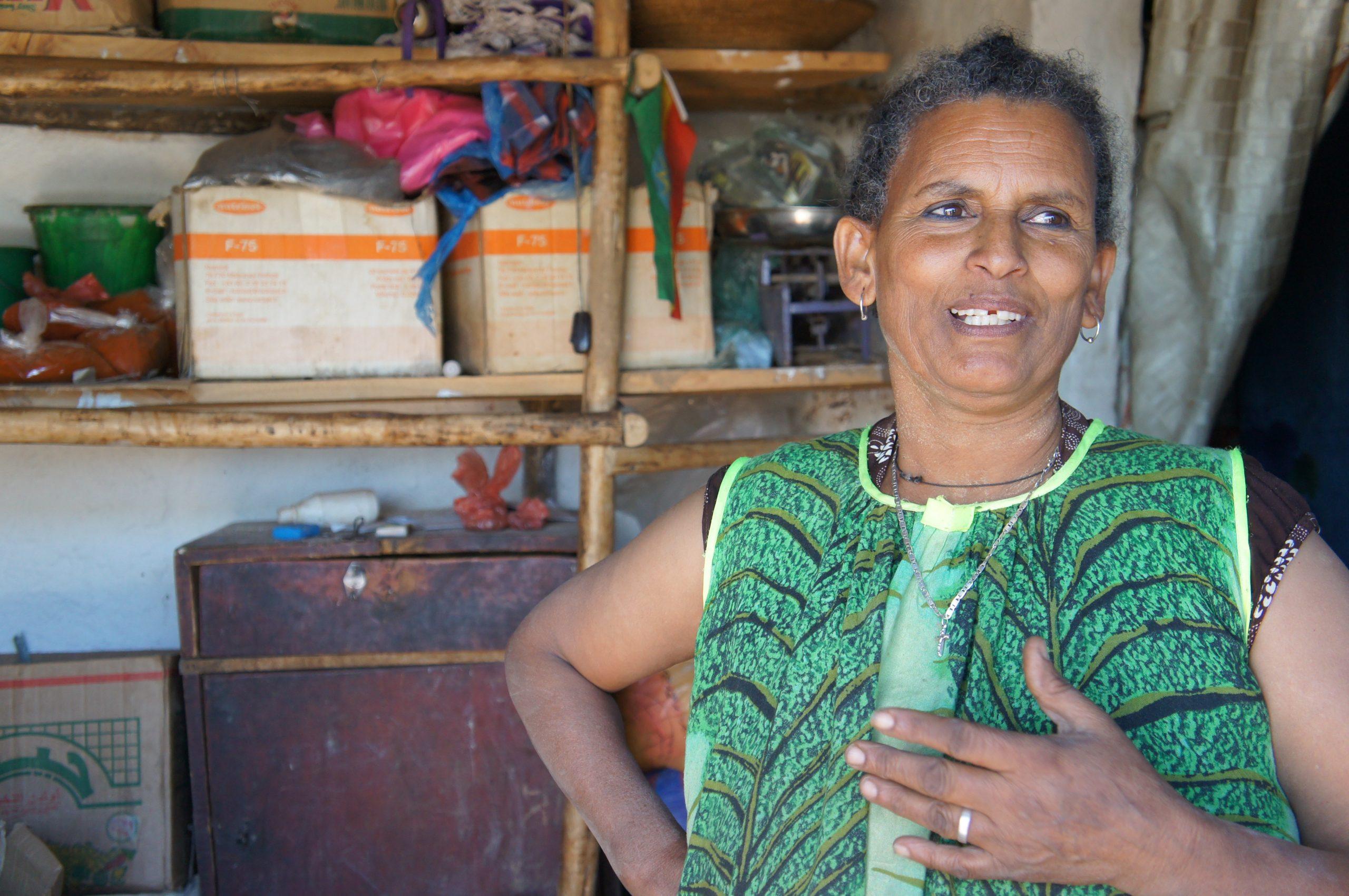 «Die Hilfe von SOS-Kinderdorf hat sich nicht nur für mich, sondern vor allem auch für Birbane und Tizita gelohnt. Ich bin mir sicher, dass beide ihren Weg gehen.» Amara (58), Grossmutter von Tizita und Birbane